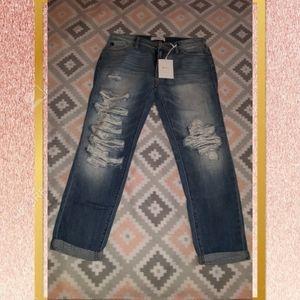 NWT Medium Blue Wash Jeans 9/28